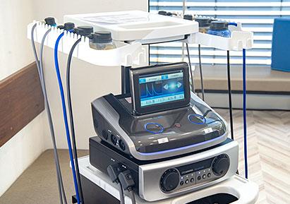 ●低周波・干渉電流型低周波複合治療器