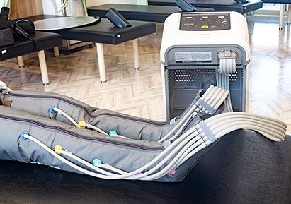 ●ブーツ式エアマッサージ器